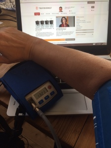Uppkopplad till Trafikverket och en 24-timmars blodtrycksmätare